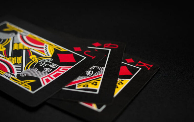 How to Play With The WSOP 2021